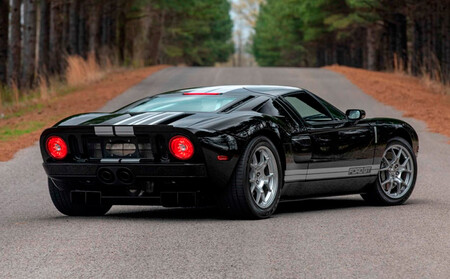 Ford GT (2005), a subasta