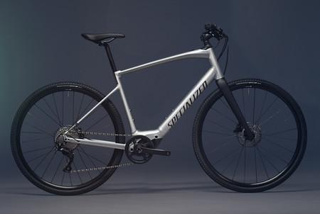 La Specialized Turbo Vado SL es una bicicleta eléctrica con 200 km de autonomía y batería auxiliar que cuesta 3.000 euros