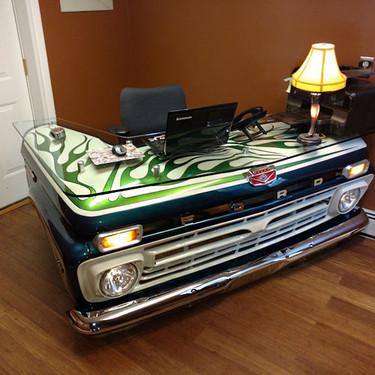 Este escritorio fue un automóvil y la transformación es increíble