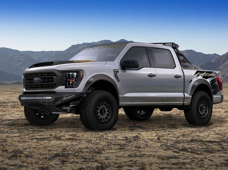 Alpha F-150 por PaxPower, la alternativa a la Ford Raptor con 750 hp bajo el cofre
