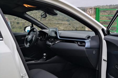 Toyota Chr 125h 2020 8