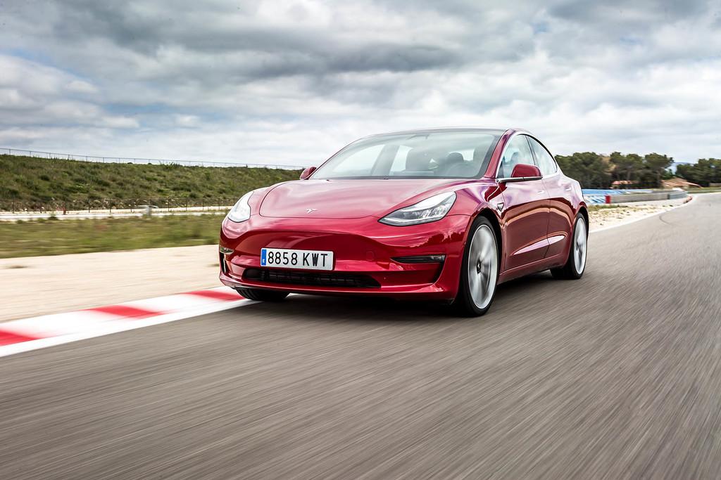 Nuevo récord para el Tesla Model 3: 2.781 kilómetros en 24 horas con un coche eléctrico