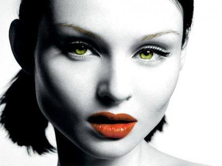 Sophie Ellis, un ejemplo de rostro cuadrado. ¿Qué le favorece?