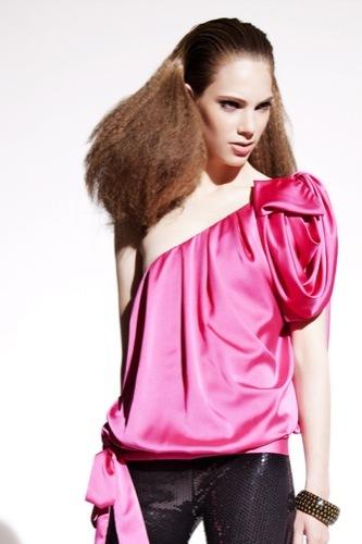 Vestidos y looks de Primark para esta Navidad, blusa