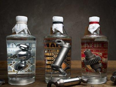 Ya te puedes beber las piezas de alguna Harley Davison de colección en tu gintonic (no, no es broma)
