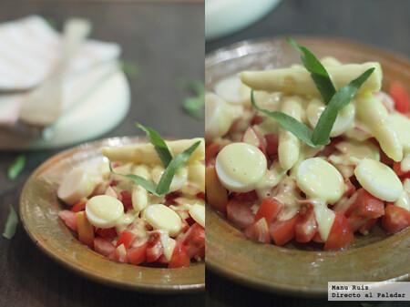 Ensalada de tomate y palmito con mayonesa suave de curry, receta fácil y rápida
