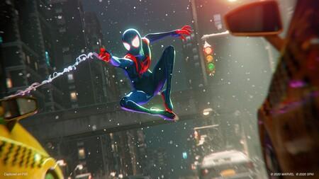 Acomódate en el sofá y disfruta: este es el espectacular montaje de Marvel's Spider-Man: Miles Morales en PS5 que recuerda a Into the Spider-Verse