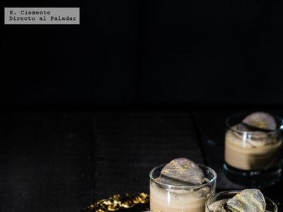 Pannacotta cremosa de café y mascarpone. Receta