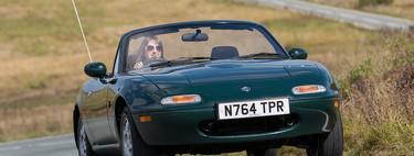 Contra todo y contra todos: así nació y triunfó el coche que nadie iba a comprar, el Mazda MX-5