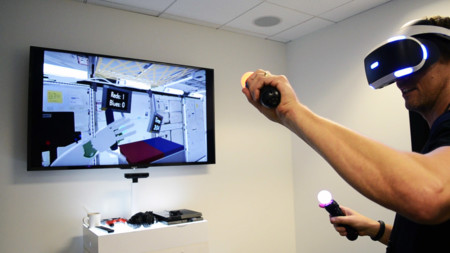 La NASA está probando a controlar robots en el espacio con PlayStation VR