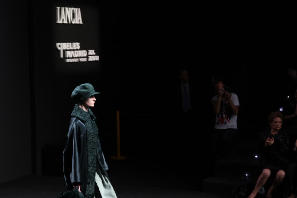 Foto de Jesús del Pozo en la Cibeles Fashion Week Otoño-Invierno 2011/2012 (41/71)