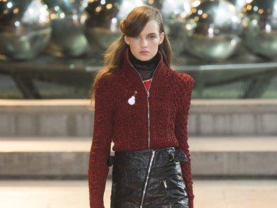 Clonados y pillados: la minifalda de Isabel Marant de tus sueños está en Stradivarius ¡Y por partida doble!