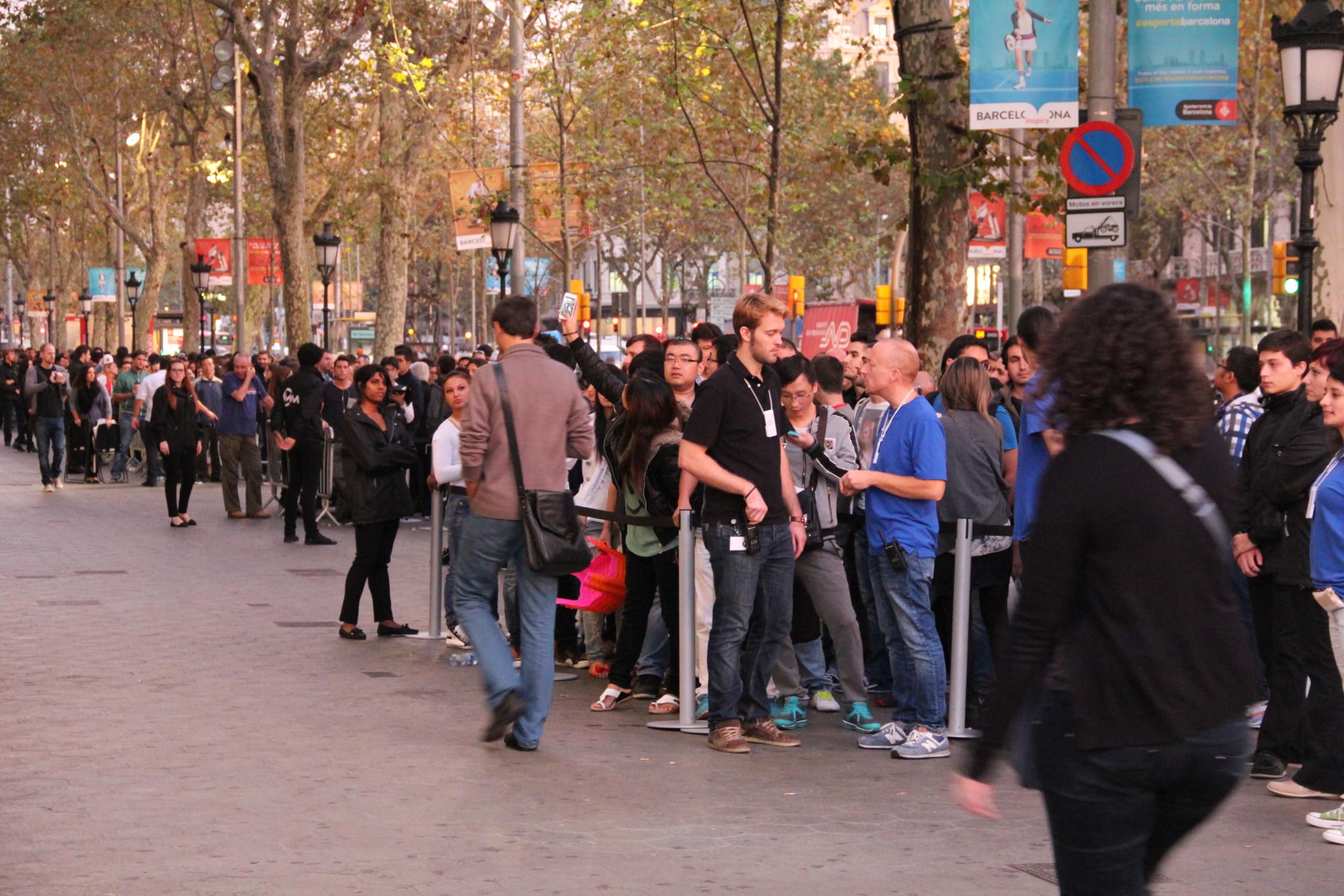 Foto de Lanzamiento de los iPhone 5s y 5c en Barcelona (15/17)