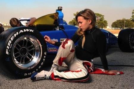 Carmen Jordá cambia de equipo en Indy Lights