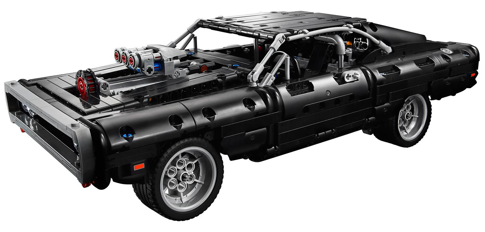 Foto de LEGO Technic Dom's Dodge Charger (10/18)