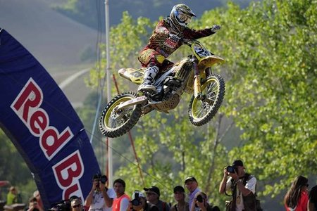 Clement Desalle y Ken Roczen vencen en la última prueba del Mundial de Motocross 2010