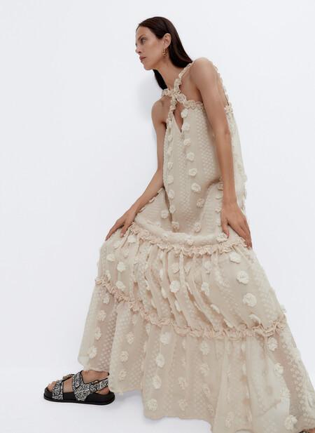 Los vestidos más elegantes de la colección Primavera-Verano 2021 de Uterqüe