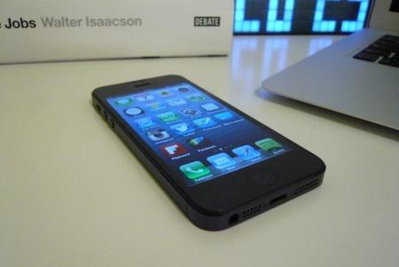 iPhone 5 mesa despacho