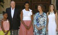 La princesa Letizia junto a Michelle Obama en Mallorca