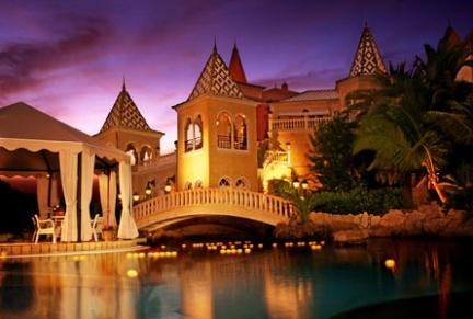 Hotel Bahía del Duque, disfruta del buen tiempo en Tenerife