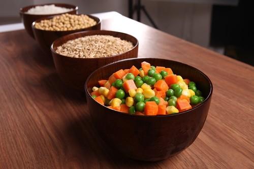 Estos son los alimentos que te ayudan a controlar tus niveles de glucosa en sangre