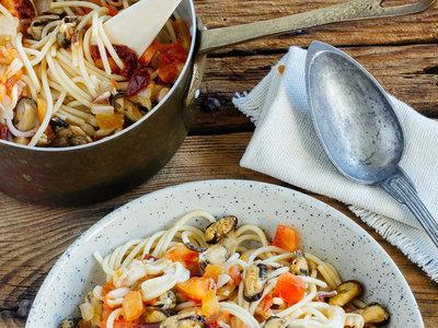 Espaguetis con marisco y chile, Salisbury Steak, dos bizcochos y más en Directo al Paladar México