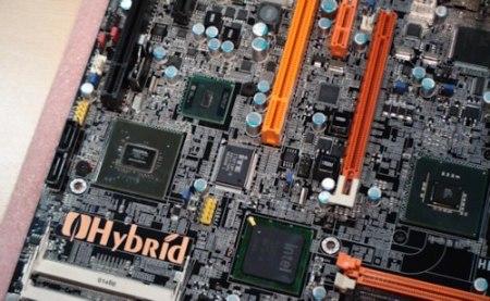 Placa base híbrida de DFI: Atom y Core 2 funcionando a la vez