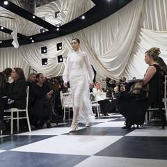 Foto 7 de 74 de la galería dior-alta-costura-maria-grazia-chiuri-y-su-magico-desfile-en-blanco-y-negro-primavera-verano-2018 en Trendencias