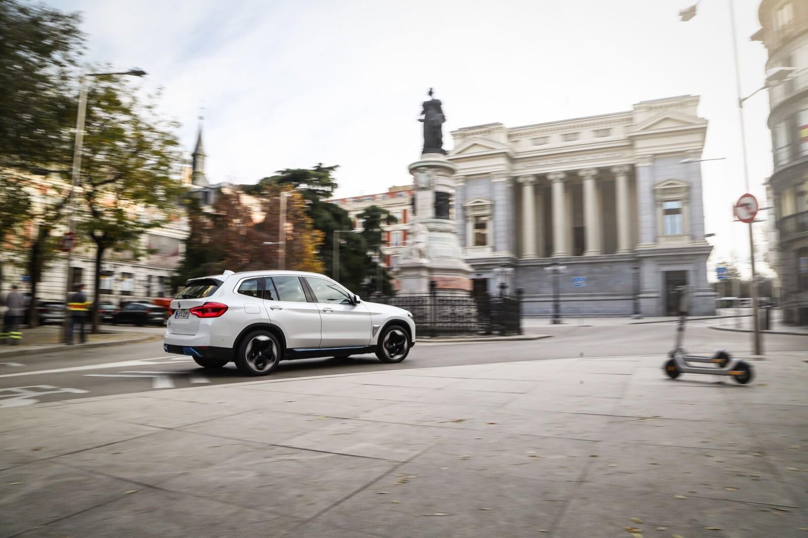 Foto de BMW iX3 (prueba) (23/65)