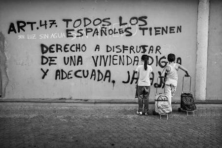 El fotógrafo Aitor Lara, Premio PHotoEspaña OjodePez de Valores Humanos 2014 por su serie sobre Pobreza infantil en España