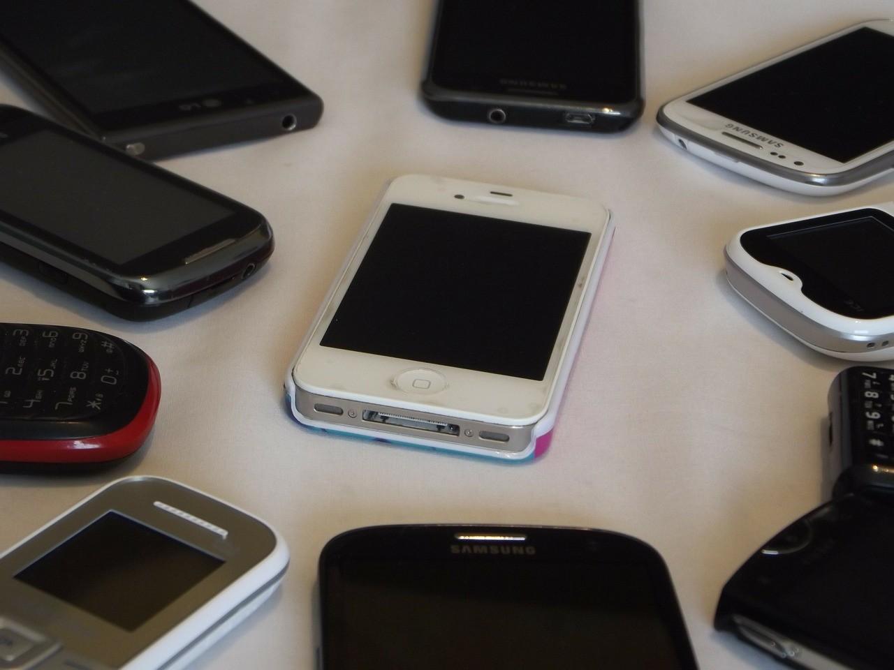 Cómo pasar todos tus datos de un teléfono a otro sin importar la marca o el sistema operativo