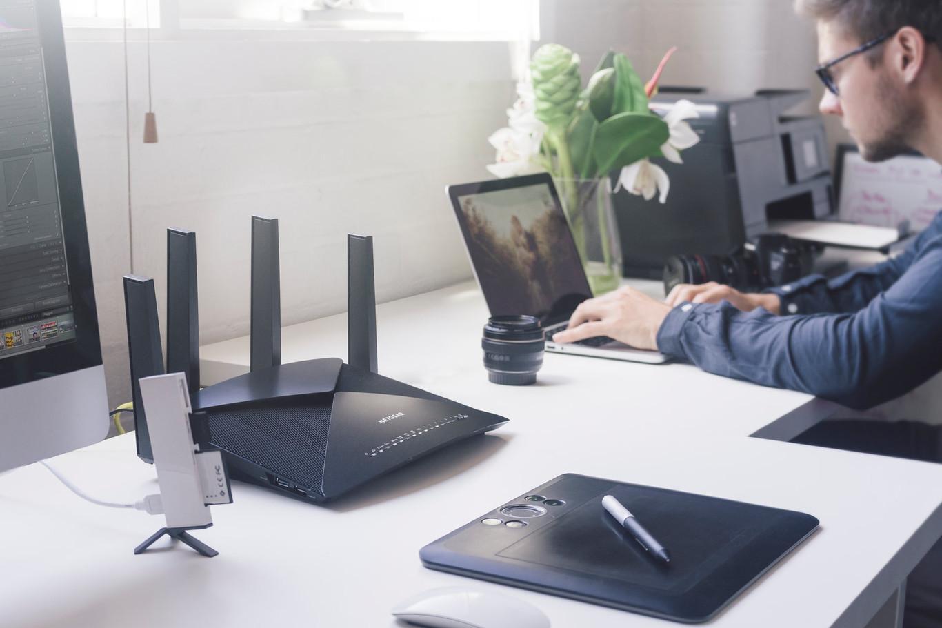 No más lag: cómo escoger el mejor router WiFi para gaming, streaming y trabajar desde casa
