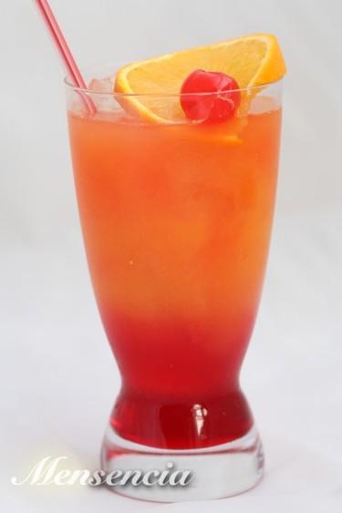 Tequila sunrise. Recetas de cócteles