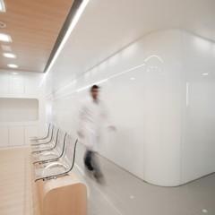 Foto 3 de 15 de la galería una-clinica-dental-aseptica-y-futurista en Decoesfera
