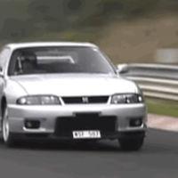Mira lo díficil que es destrozar el crono en el Nürburgring con un Nissan Skyline GT-R R33 V-Spec