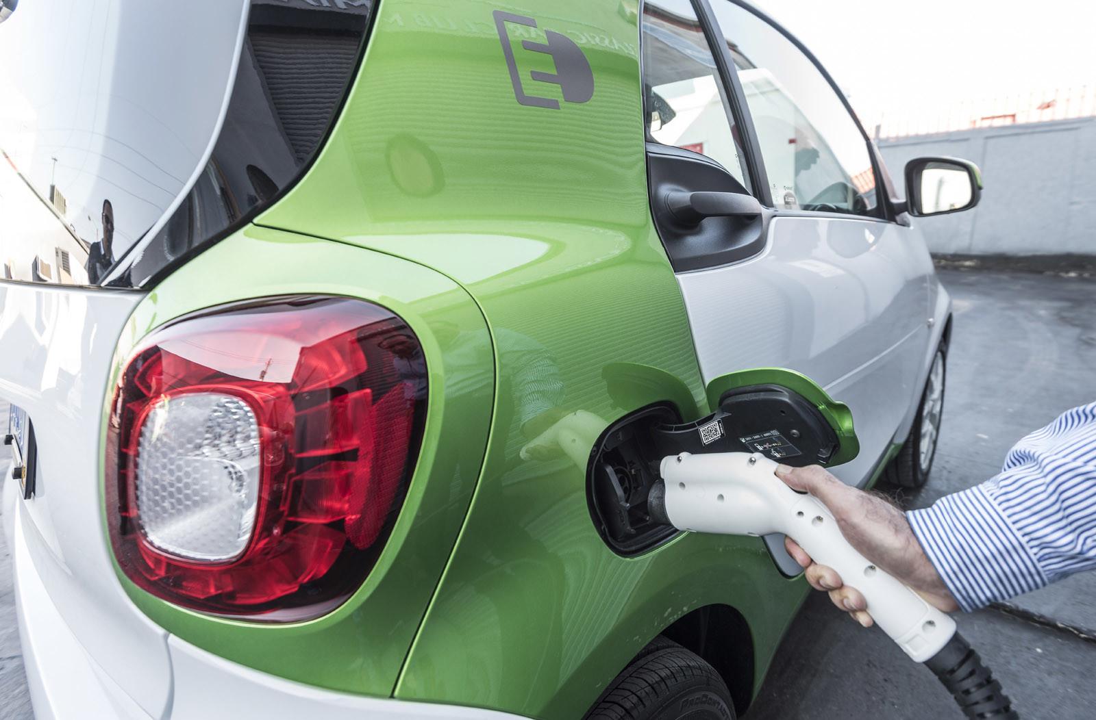 Foto de smart fortwo Electric Drive, toma de contacto (169/313)