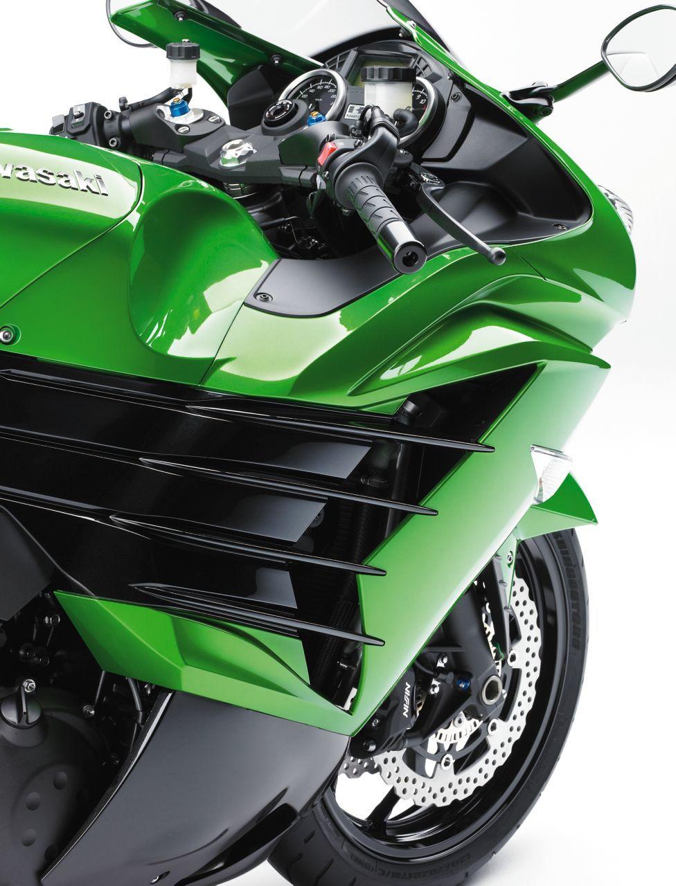 Foto de Nueva Kawasaki ZZR 1400 2012, el Sport Turismo nunca muere (11/15)