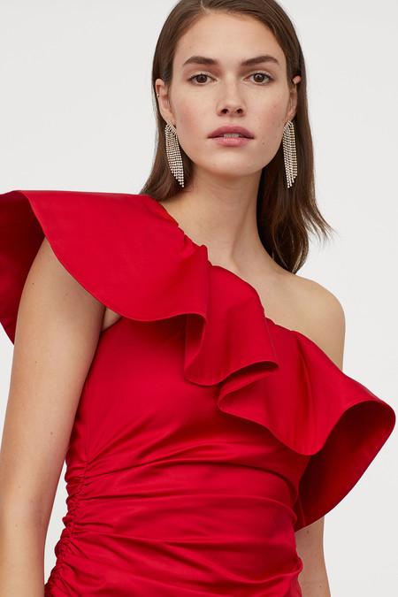H&M tiene los vestidos de fiesta 'low cost' perfectos para lucir en las fiestas más ideales