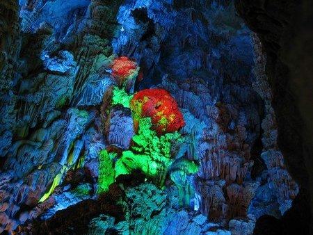 La Cueva de la Flauta de Caña: la Capilla Sixtina natural