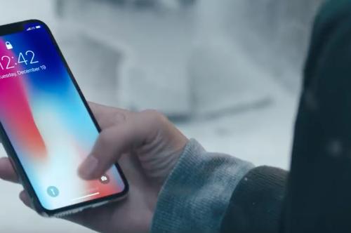 Los gramos también importan: así ha ido variando el peso de los iPhone