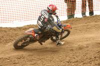 Álvaro Lozano sigue líder del Campeonato de España de Motocross Élite tras ganar una manga en Osuna