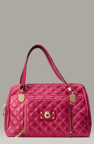 Marc Jacobs de nuevo un bolso rosa