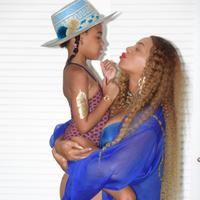 Entre rumores de que Beyoncé ya es mamá y la primera foto familiar de Irina Shayk y Bradley Cooper