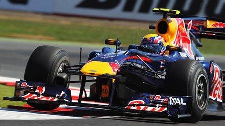 GP de Gran Bretaña 2010: Mark Webber toma el relevo por Red Bull y marca el mejor tiempo