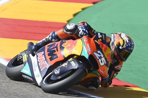 ¡Heroico! Raúl Fernández arrasa en MotorLand recién operado de un dedo y Augusto Fernández vuelve al podio