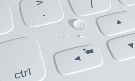 Logitech FabricSkin Keyboard Folio, la funda con teclado para que ya no envidies nada del Surface