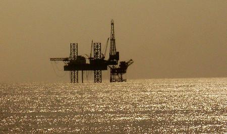 El alza del petróleo en linea recta