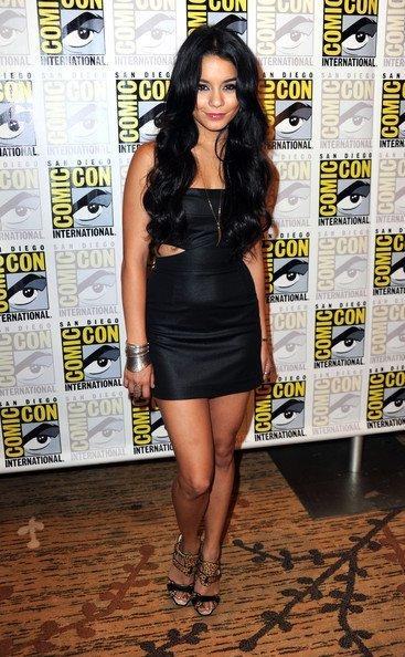Los mejores looks de famosas en la Comic Con. Vanessa Hudgens