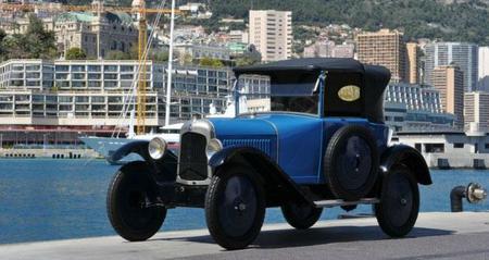 Alberto de Mónaco subastará la colección de coches de su padre