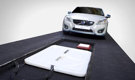 Volvo completa las pruebas de la recarga inalámbrica del C30